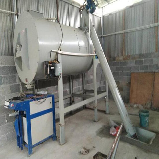 Ribbon Mixer with Packing Machine